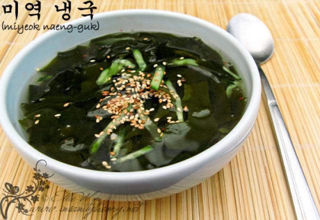 Những món canh đặc trưng của người Hàn Quốc