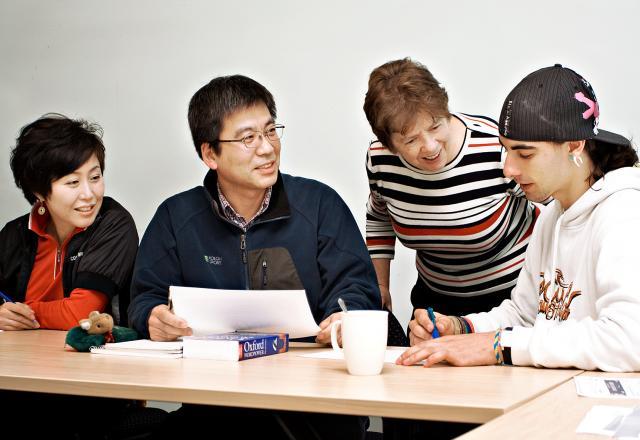 Giao tiếp tiếng Hàn trong công ty