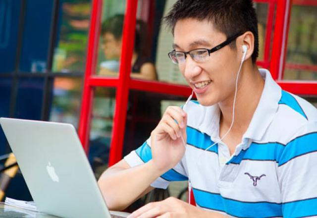 Học tiếng Hàn trực tuyến liên kết với TOPICA