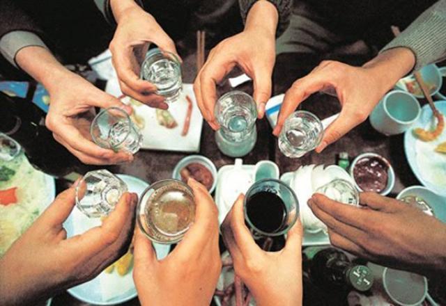 Cách nói Cheers - cạn ly tiếng Hàn Quốc