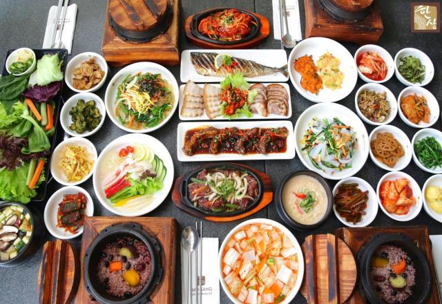 Cẩm nang tự học tiếng Hàn online về từ vựng và mẫu câu khi yêu cầu dịch vụ phòng tại khách sạn