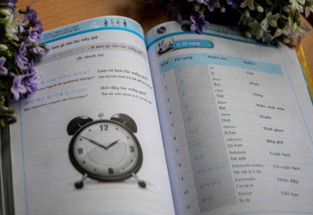 Mách bạn một số mẫu ngữ pháp tiếng Hàn cho người mới học và ví dụ minh họa