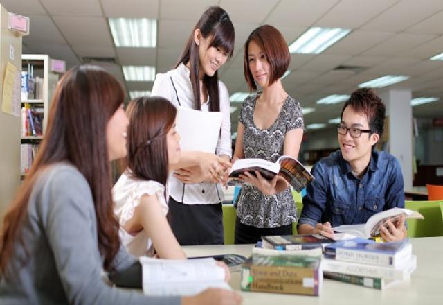 """""""Cẩn trọng"""" khi học tiếng Hàn Quốc tại SOFL"""