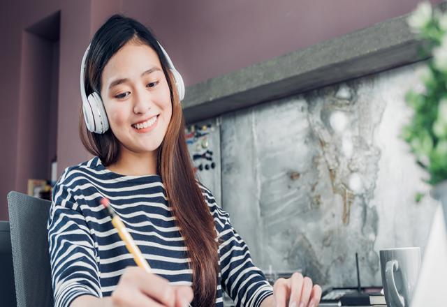 Đi tìm cách luyện nghe tiếng Hàn siêu bá đạo cùng SOFL