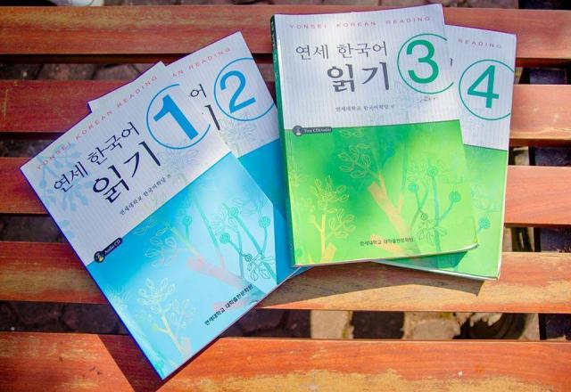 Luyện thi Topik tiếng Hàn dễ dàng với 6 cuốn sách cực hay!
