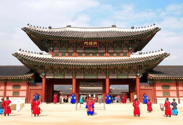 """Cung điện Gyeongbokgung - nơi """"chụp lại"""" ký ức Hàn Quốc"""
